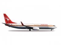 Boeing 737-800 Qantas Retrojet VH-XZP