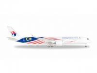 "A350-900 Malaysia Airlines ""Negaraku livery"" 9M-MAC"