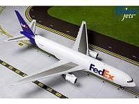 Boeing 767-300ER(F) FEDEX N102FE