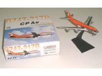 Boeing 747-200 CP Air