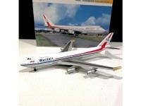 Boeing 747-124 Wardair C-FFUN