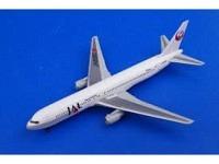 Boeing 767-300 JAL JA8980