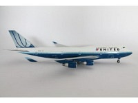 Boeing 747-400 United N104UA