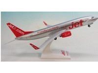 "Boeing 737-800 Jet2.com G-GDFR ""Friendly low Fares"""