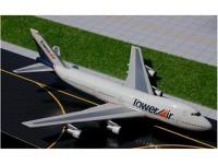 Boeing 747-100 Tower Air N606FF